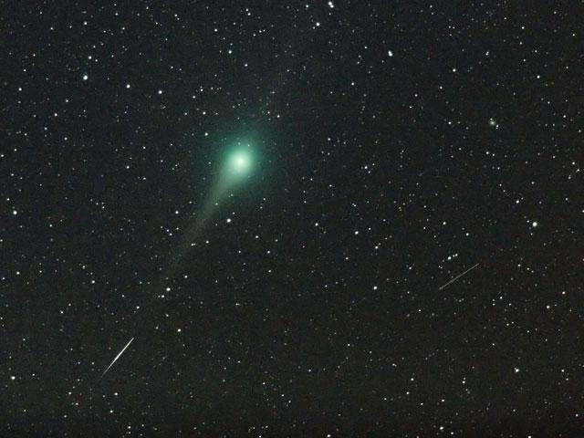 ルーリン彗星と流星